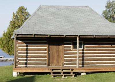 Cabin 7 - Rear