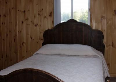 Cottage 1 - Bedroom 2