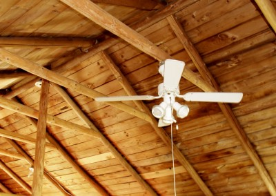 Cabin 4 - Ceiling