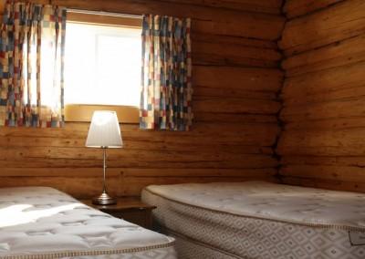 Cabin 4 - Bedroom 1