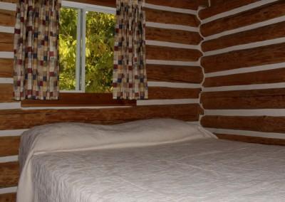 Cabin 6 - Bedroom
