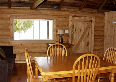 Cabin 7 - Eating Area