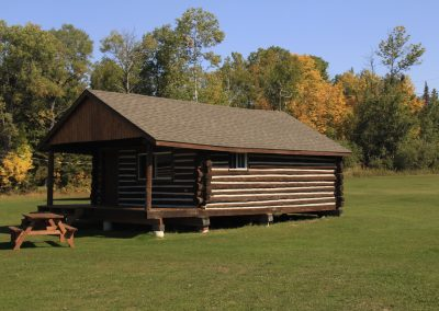 Cabin 4 – Front